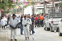 Temixco, Morelos. 2 de enero de 2016.- Esta mañana fue asesinada en el interior de su domicilio la presidenta municipal de Temixco Gisela Mota Ocampo, quien apenas ayer por la tarde tomara protesta al cargo. <br /> <br /> Presuntamente fue ejecutada por un comando armado por al menos 20 disparos. <br /> <br /> Fotos: Noé Knapp/Obture