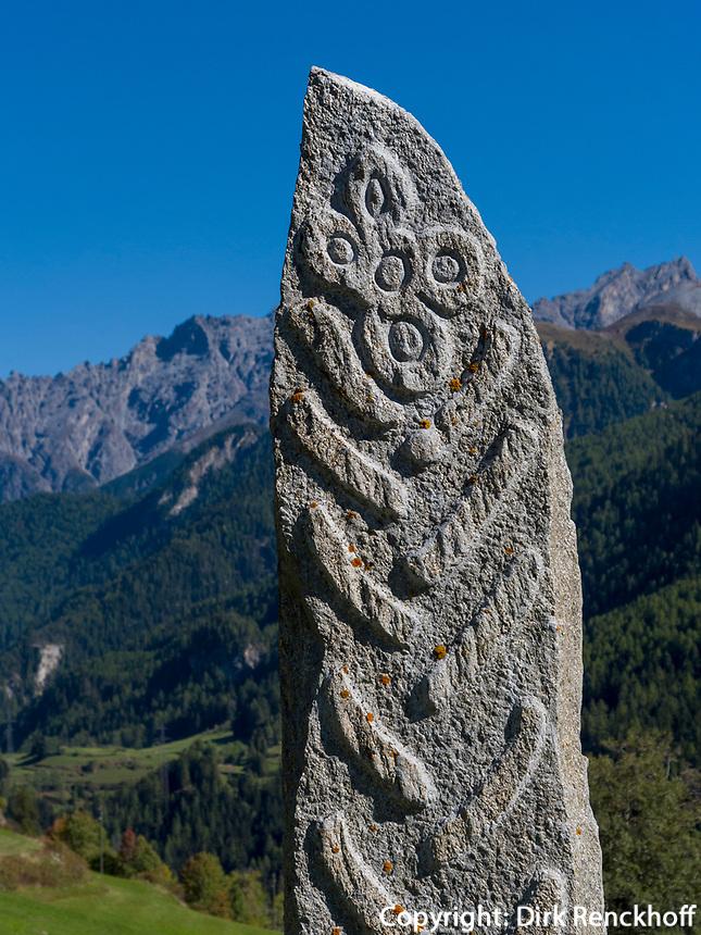 Menhir bei Guarda, Scuol, Unterengadin, Graubünden, Schweiz, Europa<br /> Menhir near Guarda, Scuol, Engadine, Grisons, Switzerland