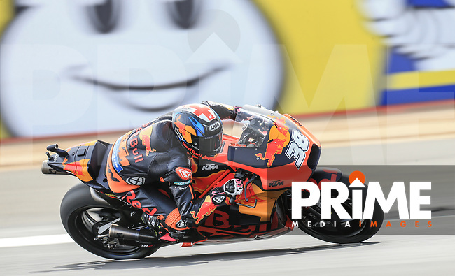 Bradley Smith (38) of the Red Bull KTM Factory Racing race team during the GoPro British MotoGP at Silverstone Circuit, Towcester, England on 24 August 2018. Photo by Chris Brown / PRiME Media Images