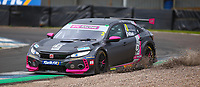 29th August 2020; Knockhill Racing Circuit, Fife, Scotland; Kwik Fit British Touring Car Championship, Knockhill, Qualifying Day; Tom Chilton hits the edge of the gravel pit during qualifying