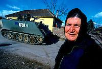 GORAZDEVAC / KOSOVO - 2007.ENCLAVE SERBA SOTTO LA PROTEZIONE DEL CONTINGENTE ITALIANO..FOTO LIVIO SENIGALLIESI..GORAZDEVAC / KOSOVO - 2007.SERBIAN ENCLAVE UNDER NATO PROTECTION.PHOOTO LIVIO SENIGALLIESI