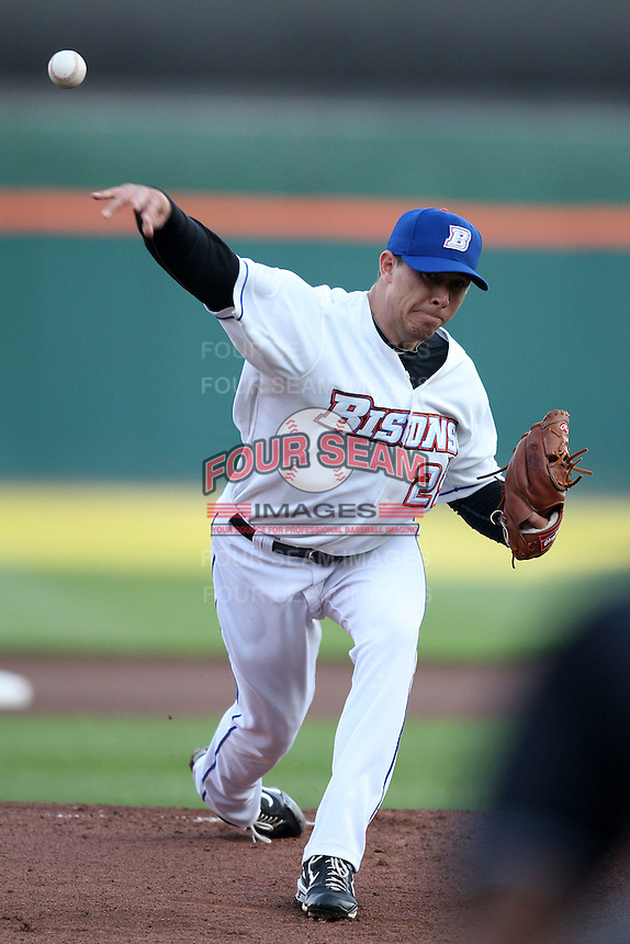 May 3, 2010:  Starting Pitcher Tobi Stoner (29) of the Buffalo Bisons delivers a pitch during a game vs. the Louisville Bats at Coca-Cola Field in Buffalo, NY.   Louisville defeated Buffalo by the score of 20-7.  Photo By Mike Janes/Four Seam Images