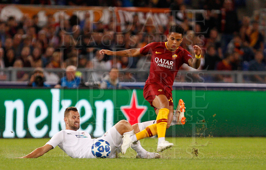 Roma's Justin Kluivert, right, in action during the Champions League football match between Roma and Viktoria Plzen at Rome's Olympic stadium, October 2, 2018.<br /> UPDATE IMAGES PRESS/Riccardo De Luca
