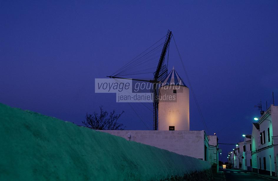 Europe/Espagne/Baléares/Minorque/San-Lluis: le moulin à vent
