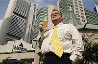 26-SEP-02: HUGH YOUNG: SINGAPORE<br /> Hugh Young of Aberdeen Asset Management downs a glass of beer just a stone's throw from his office in Singapore.<br /> Photo by Munshi Ahmed/sinopix<br /> ©sinopix