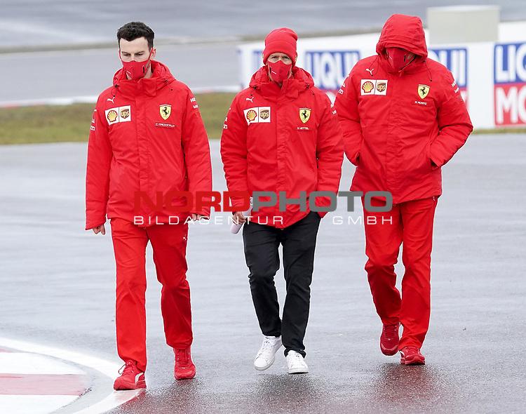 08.10.2020, Nürburgring, Nürburg, Formula 1 Aramco Grosser Preis der Eifel 2020<br /> , im Bild<br />Sebastian Vettel (GER#5), Scuderia Ferrari geht mit seinen Ingenieuren über die Strecke<br /> <br /> Foto © nordphoto / Bratic