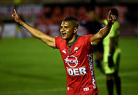 TUNJA - COLOMBIA -22-07-2016: Diego Alvarez, jugador Patriotas FC, celebra el gol anotado a Cortulua, durante partido Patriotas FC y Cortulua, por la fecha 5 de la Liga de Aguila II 2016 en el estadio La Independencia en la ciudad de Tunja. / Diego Alvarez, player of Patriotas FC, celebrates a scored goal to Cortulua, during a match Patriotas FC and Cortulua, for date 5 of the Liga de Aguila II 2016 at La Independencia stadium in Tunja city. Photo: VizzorImage  /  Cesar Melgarejo / Cont.