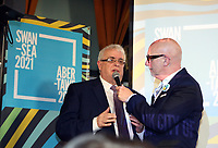 Pictured: (L-R) Robert Francis Davies of Swansea Council speaks to the crowd with Mal Pope at the Hyst in Swansea, Wales, UK. Thursday 07 December 2017<br />Re: Coventry has been chosen to be the UK's City of Culture for 2021.<br />The other places in the running for the title were Swansea, Paisley, Stoke-on-Trent and Sunderland.