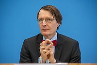 """Bundesgesundheitsminister Jens Spahn (CDU) stellte am Montag den 1. April 2019 mit den Bundestagsabgeordneten Georg Nuesslein (CDU/CSU), Prof. Karl Lauterbach (SPD) und Petra Sitte (Linkspartei) in Berlin den Gesetzentwurf """"Organspende - doppelte Widerspruchsloesung"""" vor.<br /> Im Bild: Karl Lauterbach.<br /> 1.4.2019, Berlin<br /> Copyright: Christian-Ditsch.de<br /> [Inhaltsveraendernde Manipulation des Fotos nur nach ausdruecklicher Genehmigung des Fotografen. Vereinbarungen ueber Abtretung von Persoenlichkeitsrechten/Model Release der abgebildeten Person/Personen liegen nicht vor. NO MODEL RELEASE! Nur fuer Redaktionelle Zwecke. Don't publish without copyright Christian-Ditsch.de, Veroeffentlichung nur mit Fotografennennung, sowie gegen Honorar, MwSt. und Beleg. Konto: I N G - D i B a, IBAN DE58500105175400192269, BIC INGDDEFFXXX, Kontakt: post@christian-ditsch.de<br /> Bei der Bearbeitung der Dateiinformationen darf die Urheberkennzeichnung in den EXIF- und  IPTC-Daten nicht entfernt werden, diese sind in digitalen Medien nach §95c UrhG rechtlich geschuetzt. Der Urhebervermerk wird gemaess §13 UrhG verlangt.]"""