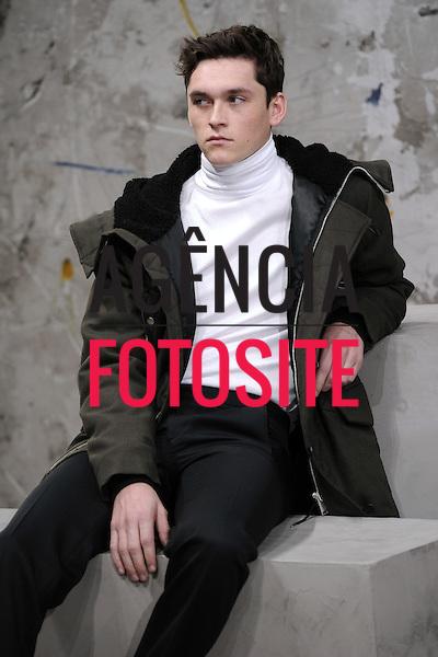Sandro<br /> Paris Masculino- Inverno 2015<br /> <br /> <br /> foto: FOTOSITE
