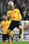 01.12.2018,  GER; 2. FBL, FC St. Pauli vs SG Dynamo Dresden ,DFL REGULATIONS PROHIBIT ANY USE OF PHOTOGRAPHS AS IMAGE SEQUENCES AND/OR QUASI-VIDEO, im Bild Einzelaktion Hochformat Jannis Nikolaou (Dresden #04) Foto © nordphoto / Witke