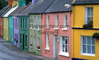 Ireland, County Cork, Eyeries: Colourful terrace houses   Irland, County Cork, Eyeries: bunte Reihenhaeuser