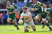 Jack Clifford of Harlequins manages to re-cycle a loose ball during the Aviva Premiership match between London Irish and Harlequins at the Madejski Stadium on Sunday 1st May 2016 (Photo: Rob Munro/Stewart Communications)