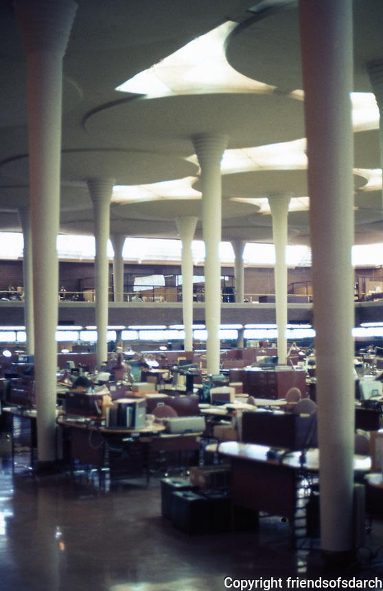 F.L. Wright: S.C. Johnson & Son. Interior.  Photo '77.