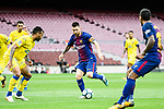 Lionel Andres Messi (C) of FC Barcelona in action during the La Liga 2017-18 match between FC Barcelona and Las Palmas at Camp Nou on 01 October 2017 in Barcelona, Spain. (Photo by Vicens Gimenez / Power Sport Images