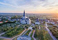 France, Seine-Maritime (76), Saint-Martin-de-Boscherville, abbaye Saint-Georges de Boscherville le soir (vue aérienne) // France, Seine-Maritime, Saint-Martin-de-Boscherville, Saint-Georges of Boscherville abbey in the evening (aerial view)