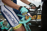 2013 Giro d'Italia.stage 13: Busseto - Cherasco..adjusting the handlebars