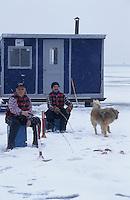 Amérique/Amérique du Nord/Canada/Quebec/Fjord du Saguenay : Pêche blanche avec René Bilodeau pêcheur [Autorisation : 208]