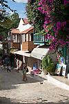 Turkey, Province Antalya, Kas: Bougainvillea lined street with Greek houses | Tuerkei, Provinz Antalya, Kas: Altstadt mit unter Denkmalschutz stehenden Griechischen Haeusern, Bougainvillea
