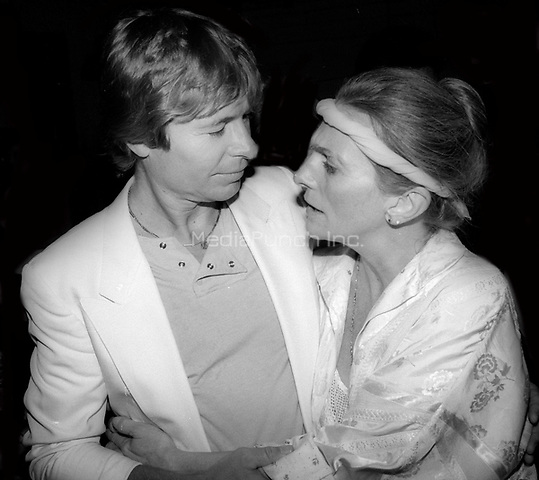 John Denver and Judy Collins 1977<br /> Photo By Adam Scull/PHOTOlink/MediaPunch
