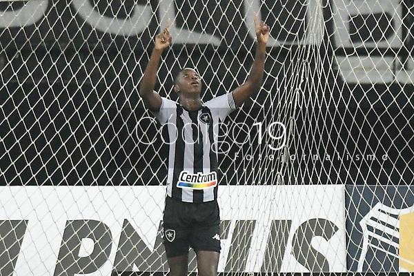 Rio de Janeiro (RJ), 07/03/2021 - Botafogo-Resende - Matheus Babi jogador do Botafogo comemora seu gol,durante partida contra o Resende,válida pela 2ª rodada da Taça Guanabara,realizada no Estádio Nilton Santos (Engenhão), na zona norte do Rio de Janeiro,neste domingo (07).