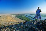Scenic of Nile river and desert, Tutankhamun and the Golden Age of the Pharaohs, Page 52-52