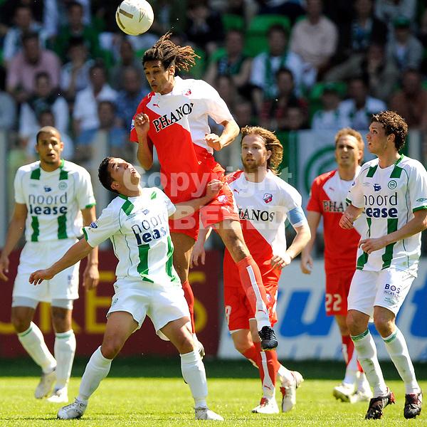 voetbal fc groningen - fc utrecht play off eredivisie seizoen 2007-2008 04-05-2008  nelisse kopt.. fotograaf Jan Kanning