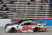 #48: Jimmie Johnson, Hendrick Motorsports, Chevrolet Camaro Ally Fueling Futures, #20: Erik Jones, Joe Gibbs Racing, Toyota Camry Sport Clips