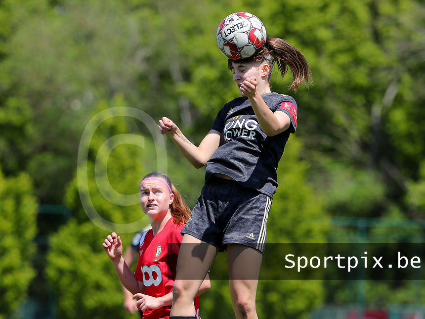 Zenia Mertens (6) of OHL heads the ball and Davinia Vanmechelen (25) of Standard watches her during a female soccer game between Standard Femina de Liege and Oud Heverlee Leuven on the 10th and last matchday in play off 1 of the 2020 - 2021 season of Belgian Scooore Womens Super League , saturday 29 th of May 2021  in Angleur , Belgium . PHOTO SPORTPIX.BE | SPP | SEVIL OKTEM