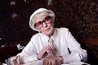 USA. New York. 2nd July 2008..Elaine Stritch at the Carlyle Hotel, Manhattan..©Andrew Testa