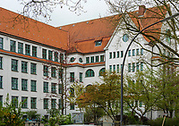 Grund und Sradtteilschule Eppendorf erbaut 1907 von Albert Erbe, Löwenstr.58 in Hamburg-Hoheluft-Ost, Deutschland, Europa<br /> Grund und Sradtteilschule Eppendorf built 1907 byAlbert Erbe, Löwen St..58 in Hamburg-Hoheluft-Ost, Germany, Europe