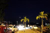 """CAMPINAS, SP 27.07.2018-ECLIPSE-O tempo seco em Campinas - que gerou até um alerta da Defesa Civil nesta sexta-feira (27) - ajudou a visibilidade do eclipse lunar chamado de """"Lua de Sangue"""". O ar seco que predomina na cidade dificulta a formação de nebulosidade. (Foto: Denny Cesare/Codigo19)"""