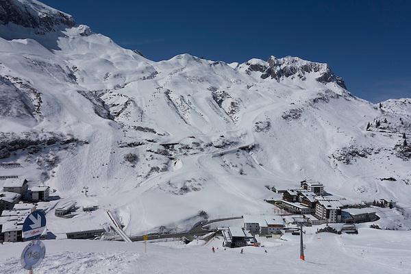Madloch Chairlift, Zurs Ski Areas, St Anton, Austria