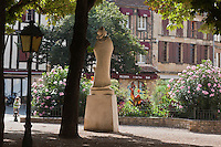 Europe/France/Aquitaine/24/Dordogne/Bergerac: Statue de Cyrano de Bergerac, place de la Myrpe