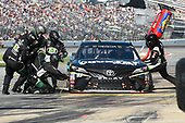 Monster Energy NASCAR Cup Series<br /> AAA Texas 500<br /> Texas Motor Speedway<br /> Fort Worth, TX USA<br /> Sunday 5 November 2017<br /> Gray Gaulding, BK Racing, Earthwater Toyota Camry, makes a pit stop.<br /> World Copyright: John K Harrelson<br /> LAT Images