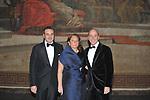 I FRATELLI  ROBERTO, ERMINIA E GENEROSO DI MEO<br /> PRESENTAZIONE CALENDARIO DI MEO 2010- POLITEAMA PALERMO 122009