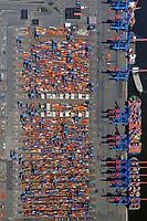 Container Terminal Altenwerder: EUROPA, DEUTSCHLAND, HAMBURG 17.04.2010 Container Terminal Altenwerder, Hamburgs modernster Container Umschlagplatz, teilautomatisch,