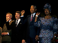 Montreal, CANADA - File Photo - Nelson Mandela and his wife visit Montreal and adress a crowd beside City Hall, June 20, 1990.<br /> <br /> Photo : Agence Quebec Pressse - Pierre Roussel