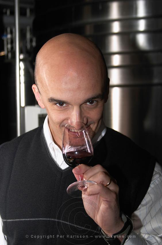 Juan Gustavo Agostini, winemaker and oenologist, Bodega NQN Winery, Vinedos de la Patagonia, Neuquen, Patagonia, Argentina, South America