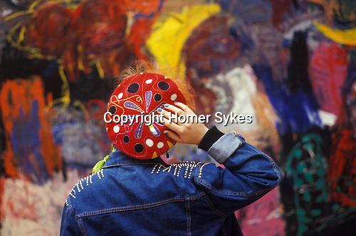 "1980s young artist at the Royal Academy Summer show exhibition ""Burlington House"" London England 1984"