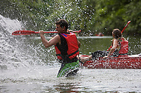Europe/France/Midi-Pyrénées/46/Lot/Orniac: Descente en Canoé  de la Vallée du Célé -jeux d'eau Auto N°: 2008-224 Auto N°: 2008-225