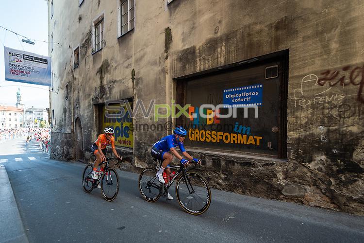 Picture by Richard Blaxall/SWpix.com - 29/09/2018 - Cycling 2018 Road Cycling World Championships Innsbruck-Tirol, Austria - Women's Elite Road Race - Lucinda Brand of Netherlands and Tatiana Guderzo of Italy