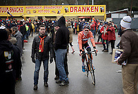 Mathieu Van der Poel (NLD/BKCP-Corendon) back from some fries (or did he actually came straight from his camper) and off to recon via the crowd<br /> <br /> U23 men's race<br /> <br /> UCI 2016 cyclocross World Championships / Zolder, Belgium