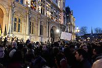 Hommage de Paris et des parisiens aux victimes belges des attentats de Bruxelles 22 mars 2016 - Place de l'Hotel de Ville de Paris - France