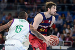 Unicaja's Jamar Smith and FCB Lassa's Ante Tomic during Quarter Finals match of 2017 King's Cup at Fernando Buesa Arena in Vitoria, Spain. February 17, 2017. (ALTERPHOTOS/BorjaB.Hojas)