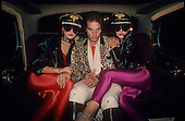 DAVID LEE ROTH, WITH VARIOUS GIRLS, LOCATION, 1983, NEIL ZLOZOWER