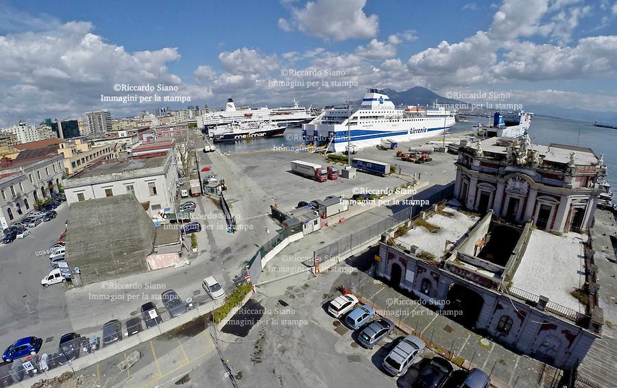 - NAPOLI 28 MAR  2014 - Porto Immacolatella vecchia
