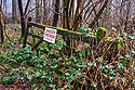Danger Fire Risk sign on gate in the woods in a Cotswold Village  CREDIT Geraint Lewis