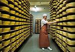 Schweiz, Kanton Appenzell Innerrhoden, Appenzellerland: Blick in den Lagerraum einer Kaeserei | Switzerland, Canton Appenzell Innerrhoden, Appenzellerland: cheese dairy - storage room