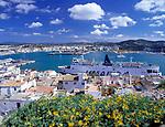 Spanien, Balearen, Ibiza (Eivissa): Blick vom Altstadtbezirk Dalt Vila ueber den Hafen   Spain, Balearic Islands, Ibiza (Eivissa): View from Old Town Dalt Vila across the harbour